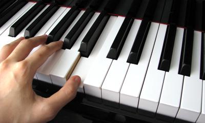 mupa-zongora