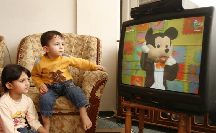 1496659688_children-watching-tv