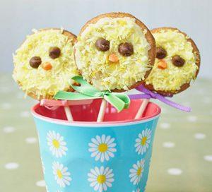 vanilla-chick-biscuit-pops
