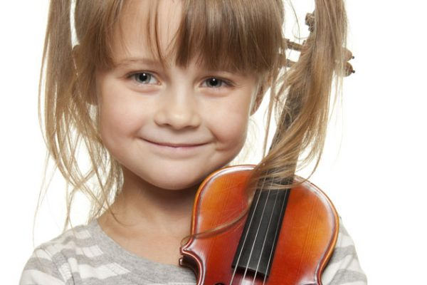 When-Should-My-Child-Start-Violin-Lessons-istock-10998481_Blog